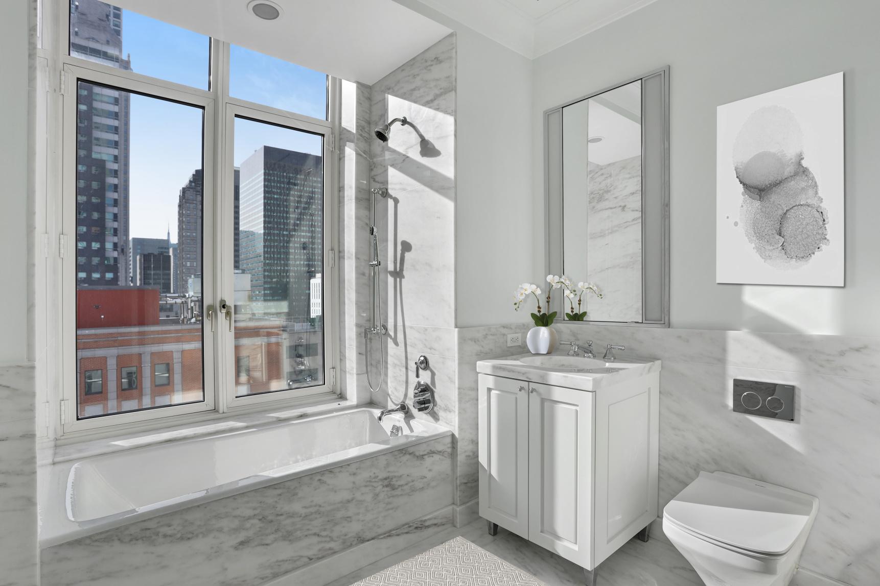 520 Park Avenue Interior Photo