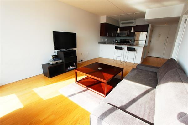 This is a sunny 1 bedroom apartment located in Chelsea. Extra large windows with views of the city! It is a wonderful New York space. Washer and Dryer are in the unit. Fantastic location near restaurants, shops, and subway. Unfurnished only.