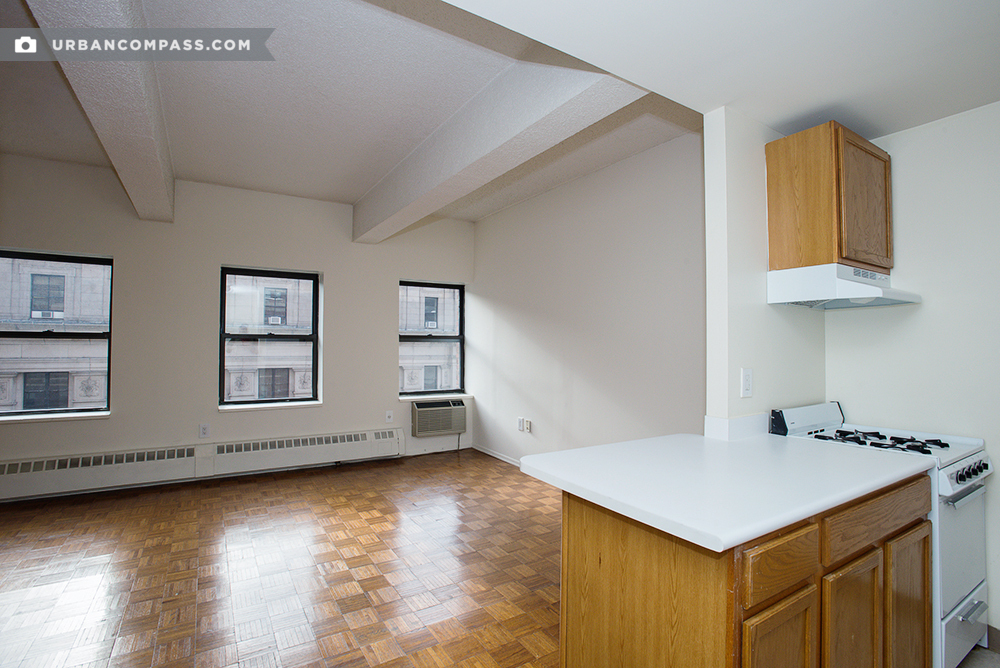 360 West 34th Street Image 1