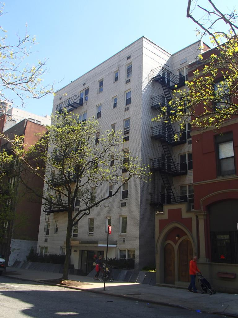 320 East 35th Street Murray Hill New York NY 10016
