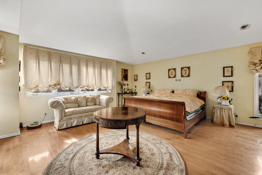 4901 Arlington Avenue Riverdale Bronx NY 10471