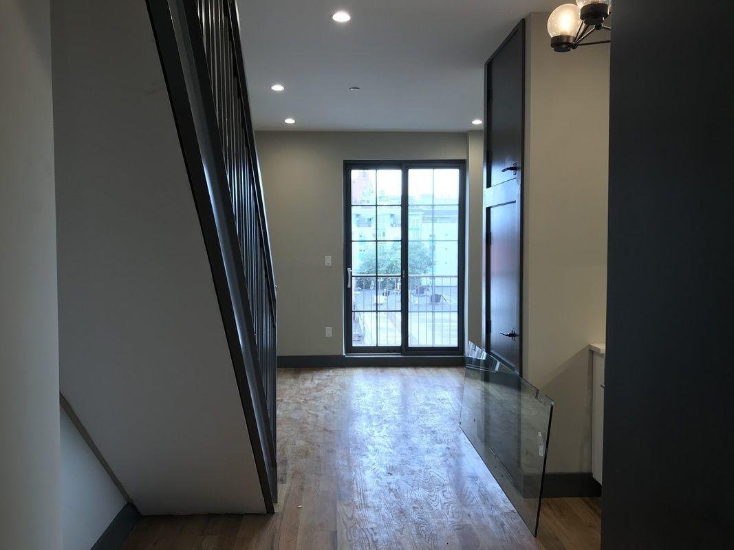 413 Manhattan Avenue Williamsburg Brooklyn NY 11222