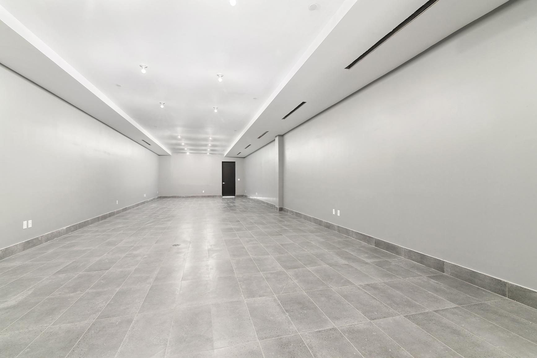 434 Van Brunt Street Interior Photo