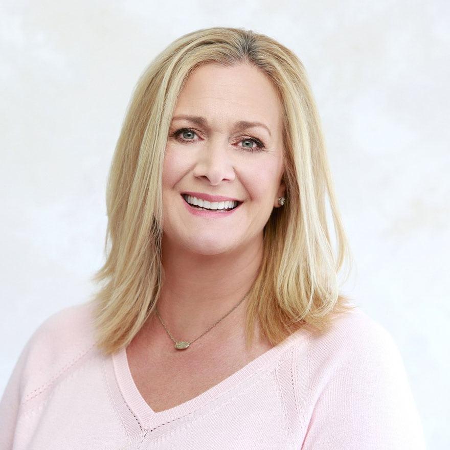 Headshot of Dawn Boedeker