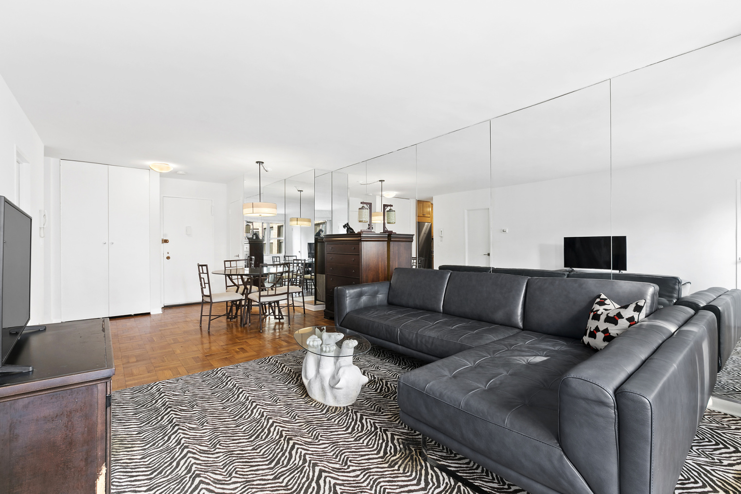 Apartment for sale at 77 West 55th Street, Apt 20-H