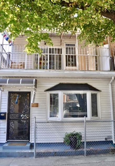 43-20 53rd Street Woodside Queens NY 11377