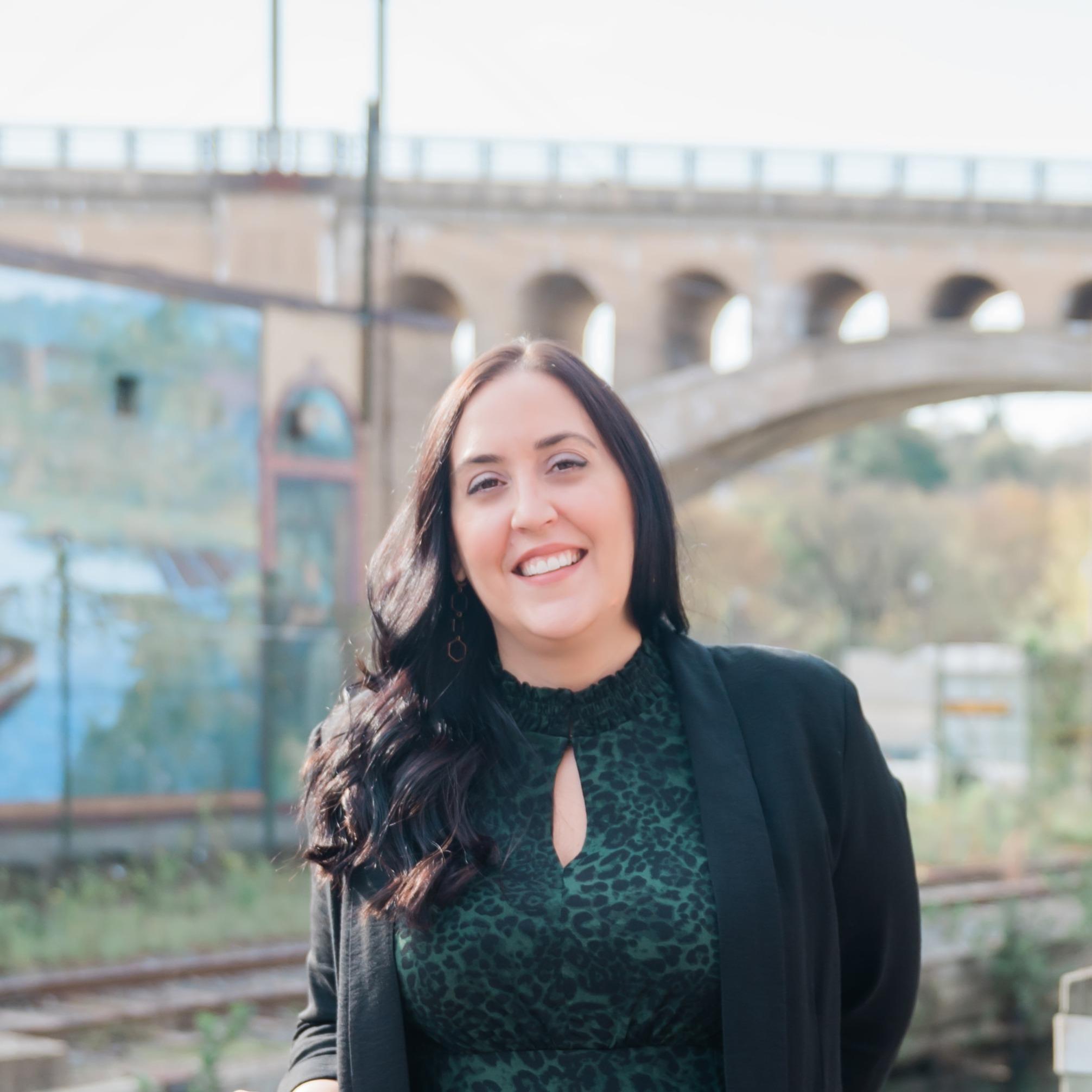 Headshot of Christine Ertz