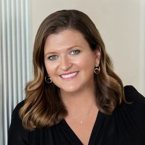 Lizzy Dooley, Agent in St. Louis - Compass