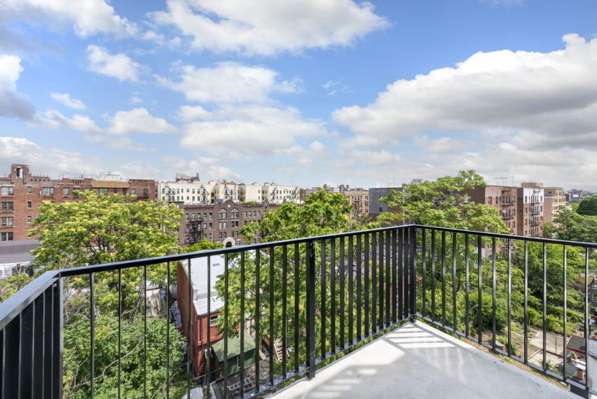 Apartment for sale at 371 Lincoln Road, Apt 5