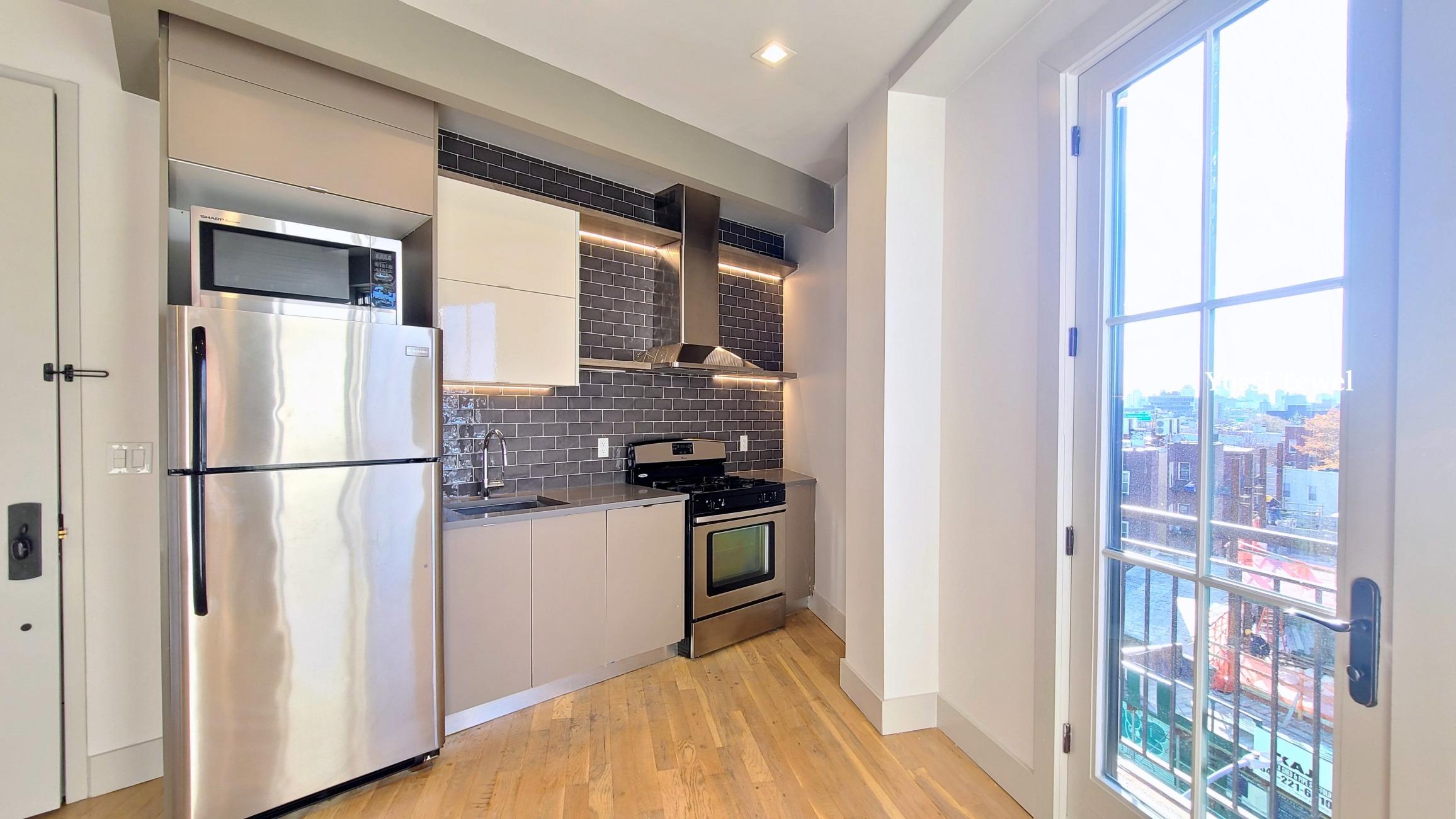 72 North Henry Street East Williamsburg Brooklyn NY 11222