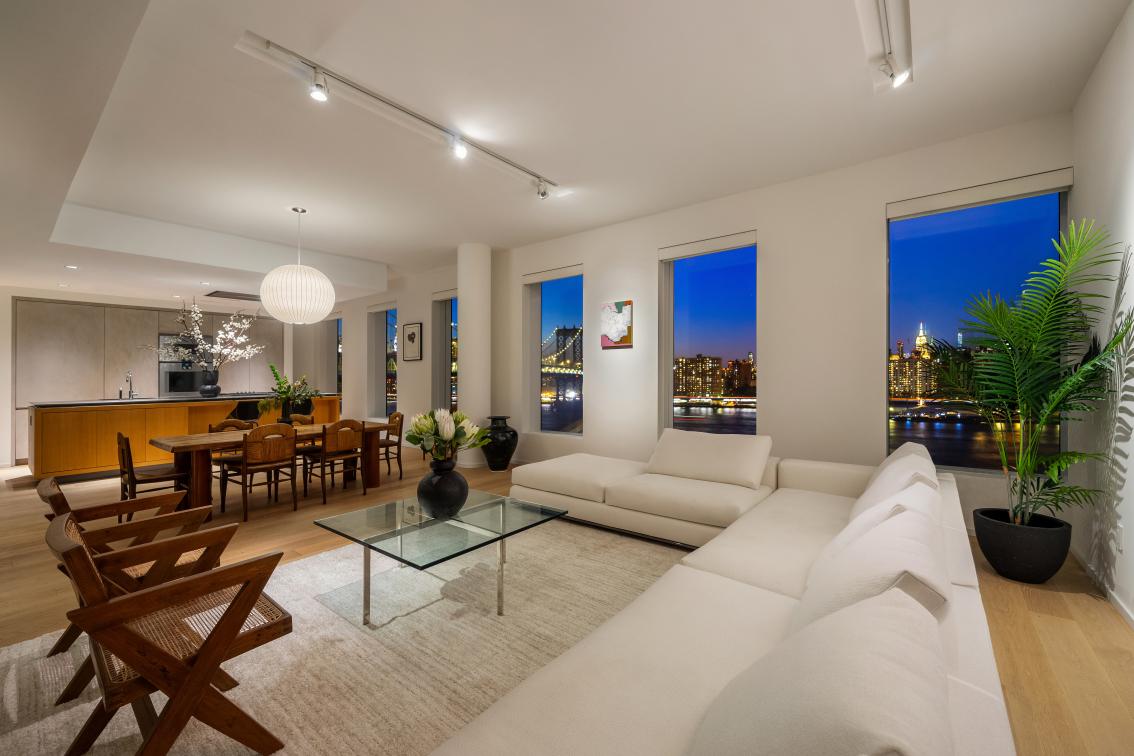 Apartment for sale at 1 John Street, Apt PH-C