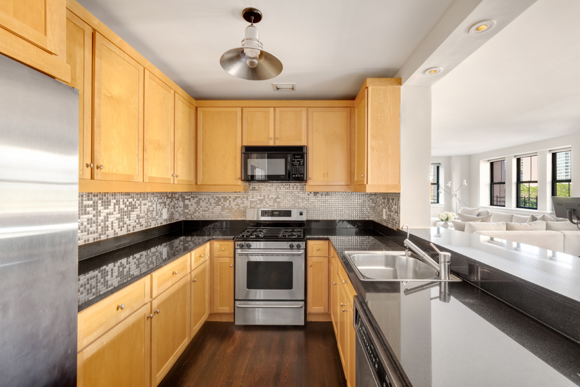 Apartment for sale at 53 North Moore Street, Apt 4-FG