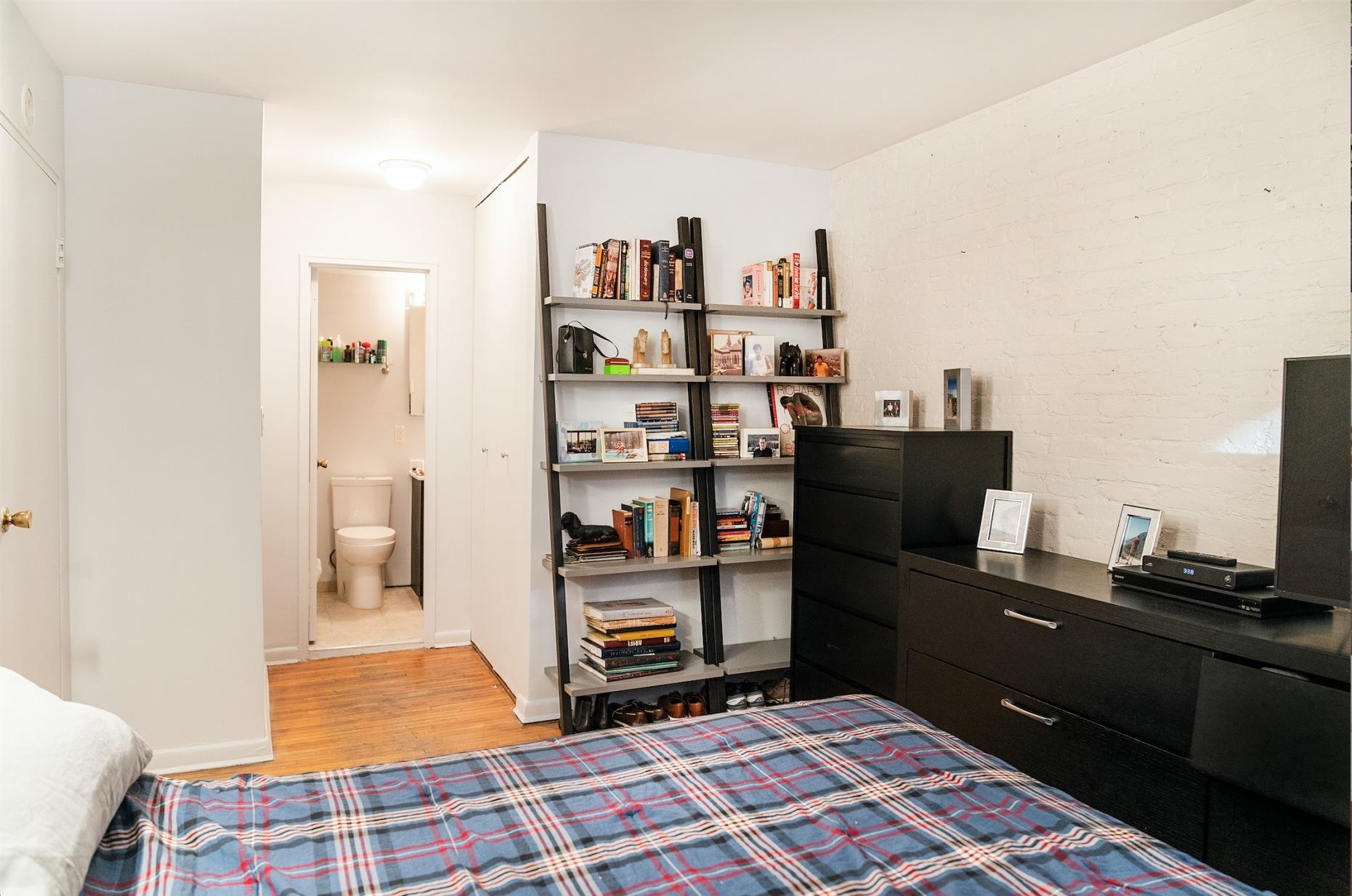 323 East 21st Street Gramercy Park New York NY 10010